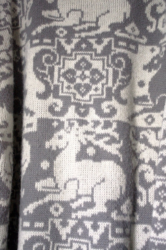 80s Gray and White Reindeer Ski Sweater L Plus