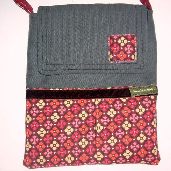 Pretty Traveler Netbook bag
