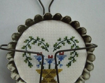 Needlecraft Cross Stitched SAMPLER in FLUTED DISH With Hanger