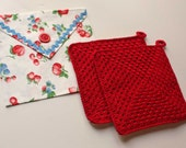 hand crocheted retro potholders with case