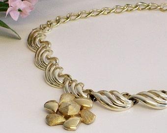 Necklace/Choker Vintage Gold