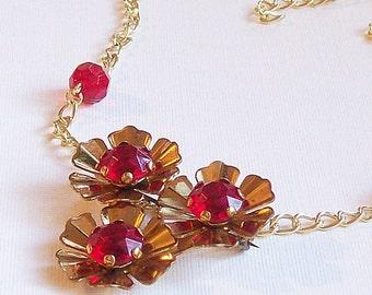 Necklace/Brooch Vintage Crimson and Gold