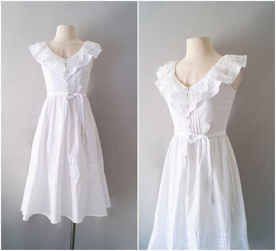 70s dress / white cotton sundress / Moonglow dress