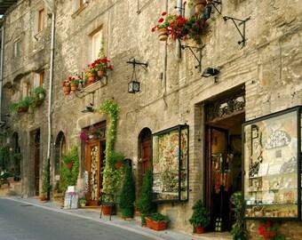 Assisi Street, Perugia, Italy