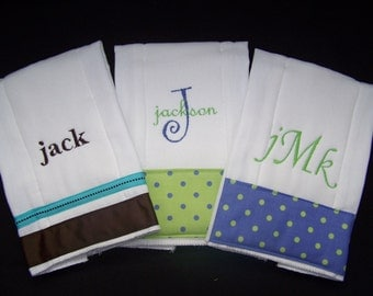 Perfect baby gift!  Personalized Monogrammed Burp Cloths Set of 3