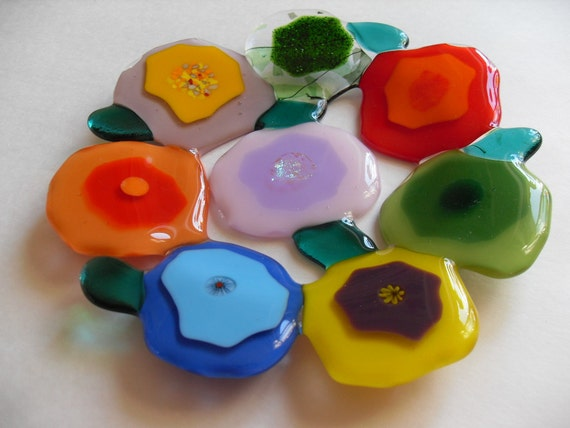 "Contemporary blooms glass fused colorful 8"" dish"