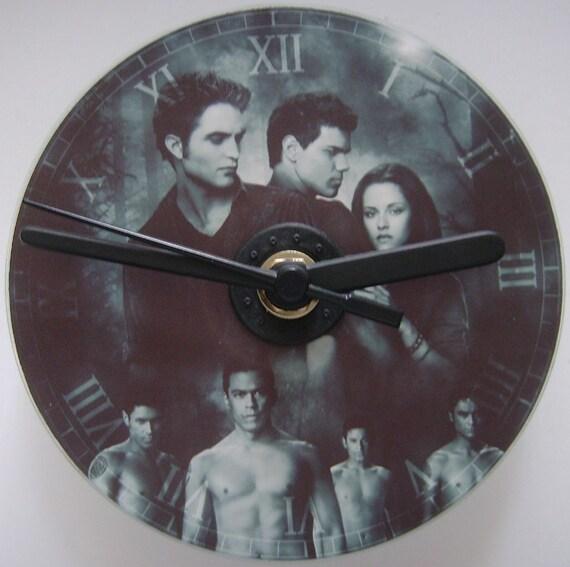 Twilight New Moon CD Clock Feat Robert Pattinson, Kristen Stewart, Taylor Lautner