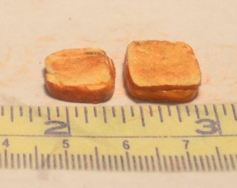 1/12 scale grilled cheese sandwiches