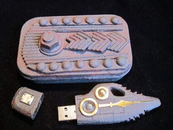 The Nautilus, a unique themed USB drive