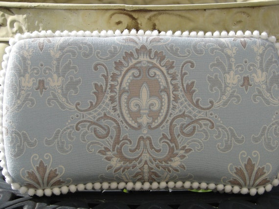 The Couture Mama Diaper Wipe Case  in Puttin on the Ritz- baby boy