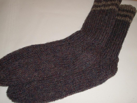 Mens pure handmade Wool socks size 8 to 9