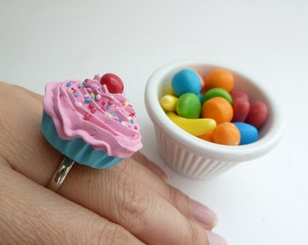 Katy Perry ring fake cupcake adjustable ring alice in wonderland pink frosting graet  prop for katy perry costume
