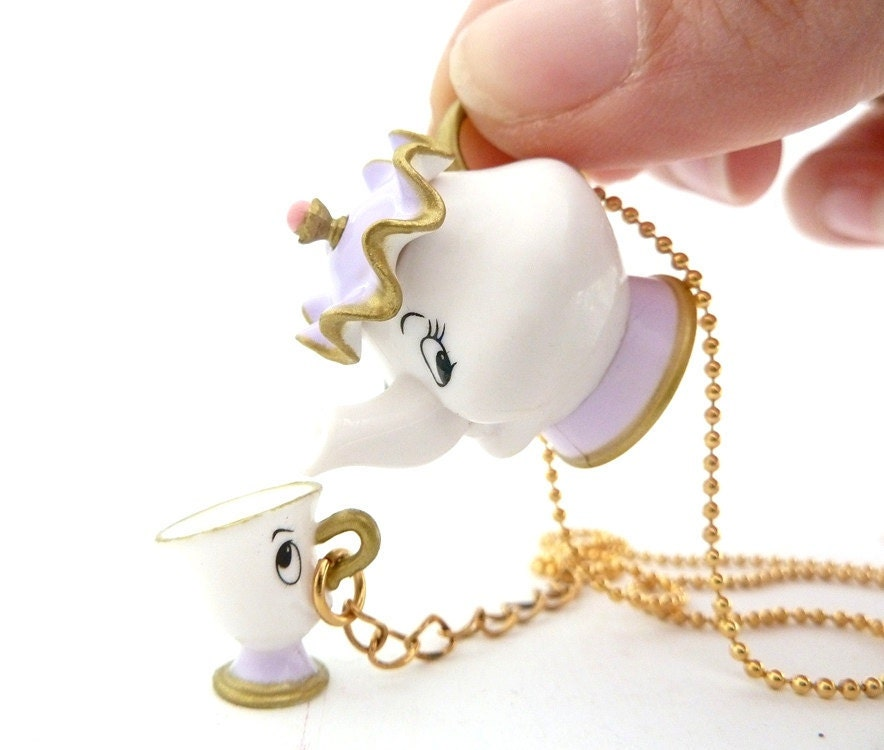 Disney beauty and the beast mrs potts chip necklace unique for Disney beauty and the beast jewelry