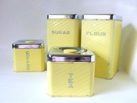 Vintage kitchen canister set soft yellow for Kitchen set yellow