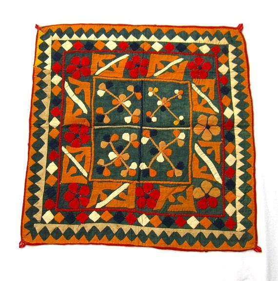 Vintage Folk Art Textile Applique  34