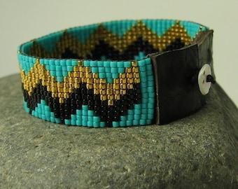 The Zig-Zag Bracelet
