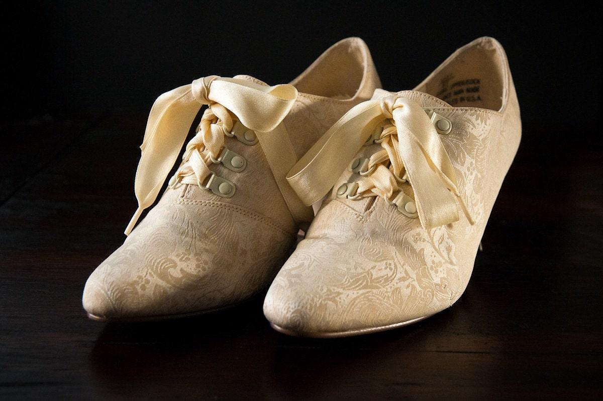 Th Century Men S Shoes