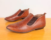 1980s Ankle Boots / Brown Leather Shoe Booties by Nine West - Womens 8 - Flat Chelsea Western 80s Boots