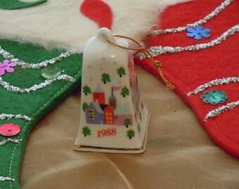 Vintage Lillian Vernon Co LVC Christmas Bell Ornament 1988