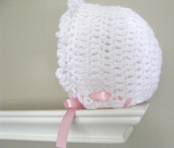 CROCHET Pattern Classic Old fashioned Bonnet for baby girl..2 SIZES...Pattern No. 3