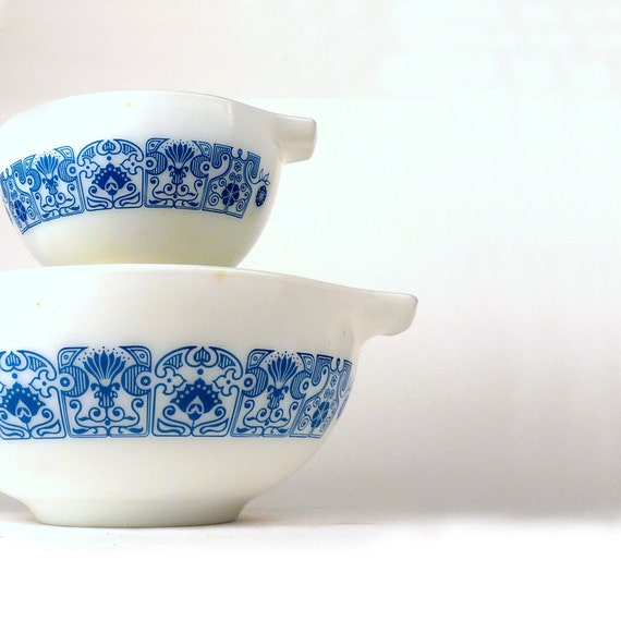 Vintage Pyrex Mixing Bowls Retro Horizon Blue Oven Ware 1970s 1960s Turquoise Flower Pattern Kitchen Decor Priced Under 20