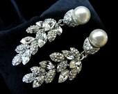 Earrings, Weddings, Bridal, Jewelry, White, Pearl, Silver, Rinestone, Studs. , Pearl Bridal.
