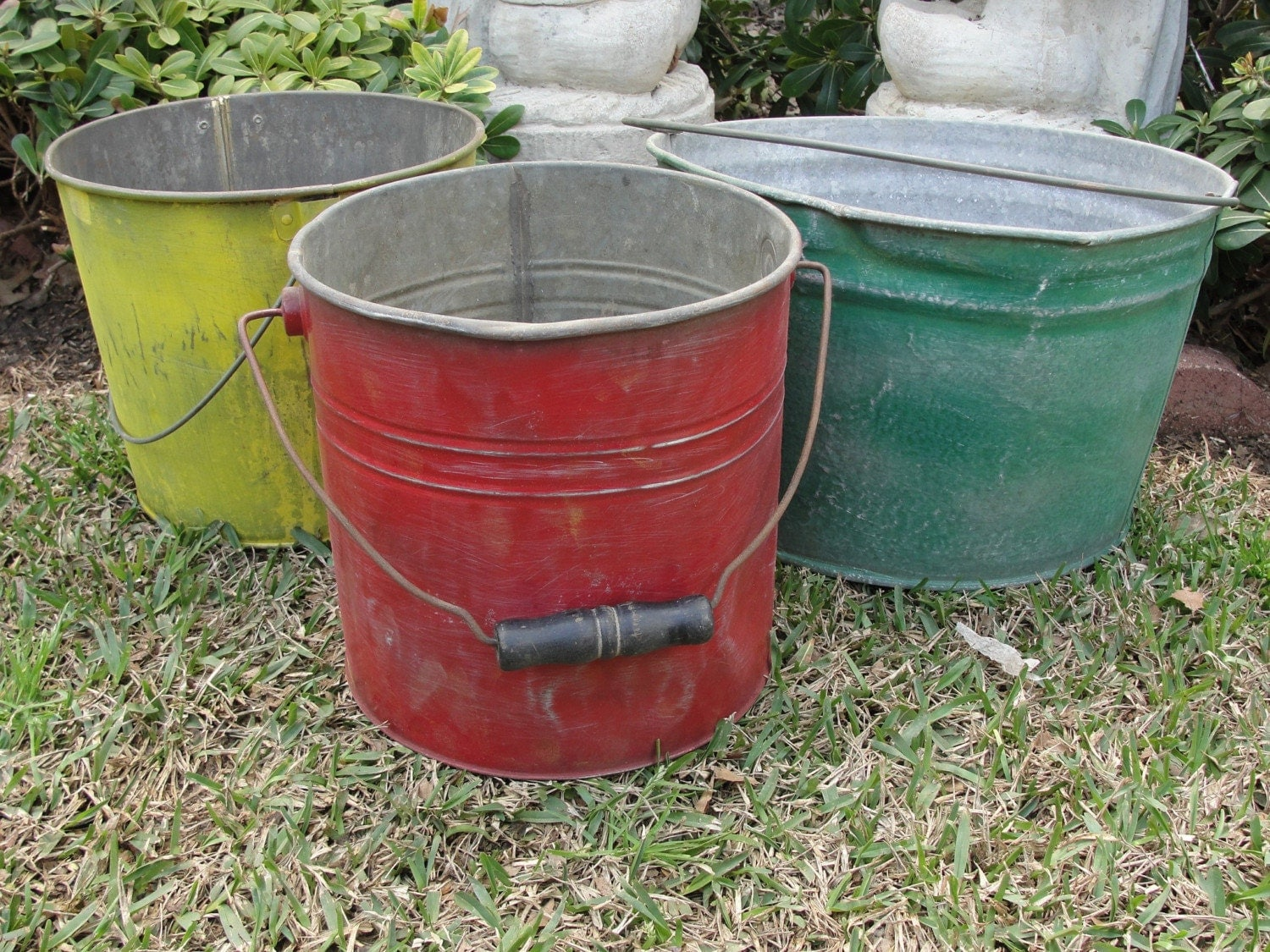 Vintage metal bucket pail red galvanized industrial spring for Old metal buckets