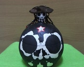 Mr.RED STAR - Skeleton Pirate box