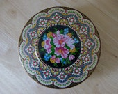 Vintage COLORFUL Daher Tin - Made in England - beautiful flowers and colors GALORE