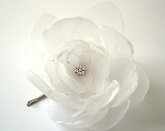 ON SALE sweet snow white big rose blossom flower bobby pin