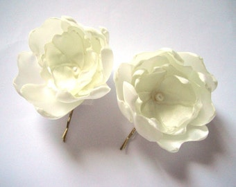 cream white peony blossom wedding flower hair pin (1 piece)
