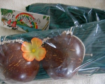 Vintage Grass Skirt and Coconut Bra, plus shell lei and hair flower.  New in package.  Hula.  Tiki Bar Maid. Hawaiiana Eames era