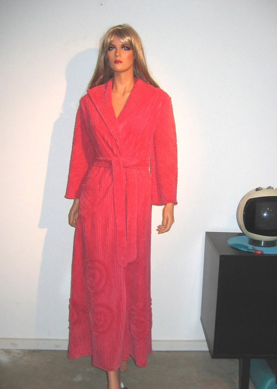 Vintage Chenille Robe Bathrobe Floor Length Robe 1960s