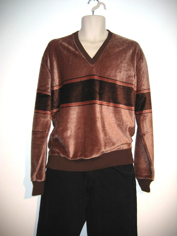 70's Mens VELOUR Shirt. Pullover, V Neck, long sleeves, Size L, Tan and Brown