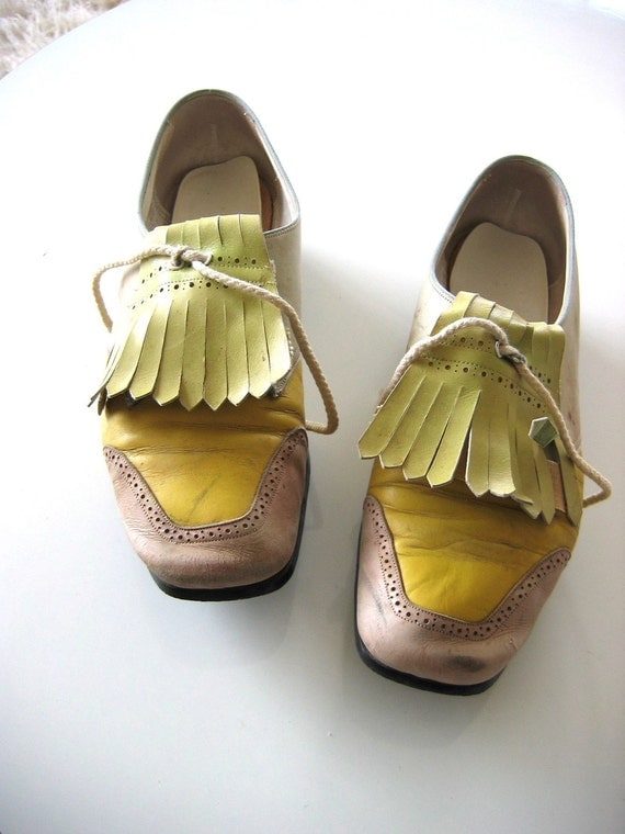 Vintage Leather Golf shoes.  Jack Rogers.  Size 6 M.  1970's.  Baby blue, Chartreuse, Yellow and tan.