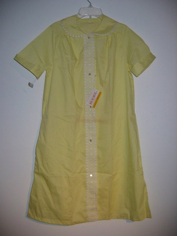 Vintage 60's House Coat, House Dress, Day Dress.  New Old Stock.  Yellow.