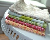 Designer Fabric Scraps bundle of 18x18in 5 piece pack D