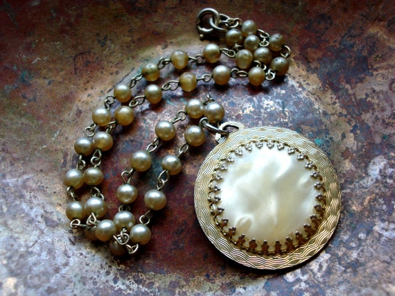 Vintage Ethereal Faux Pearl and Lucite Swirl Necklace