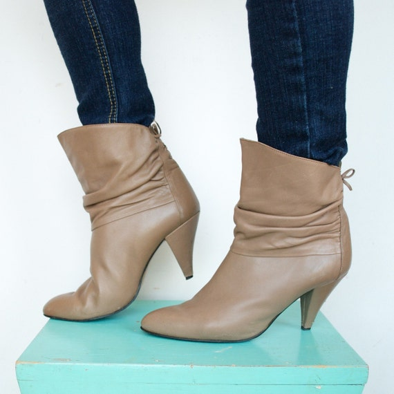 Vintage Bootalinos by Corelli Beige Ankle Boots, Size 8.5, 8 1/2