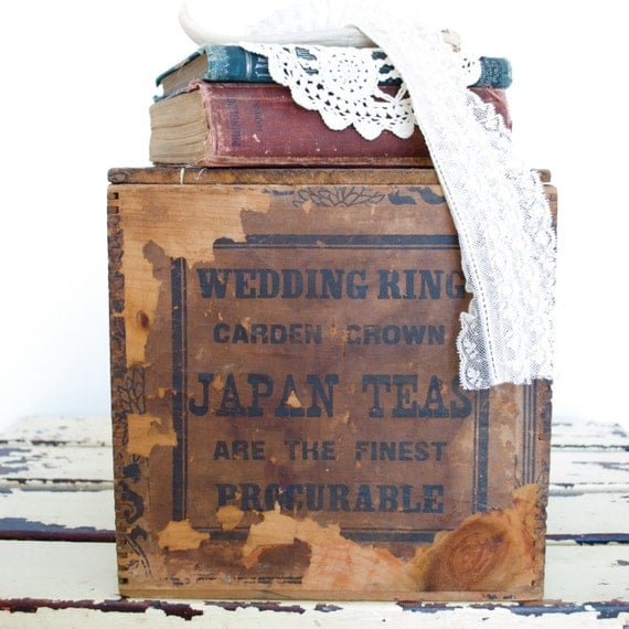 Antique Shipping Parcel Box / Wedding Ring Goods / Carden Crown / Japanese Teas