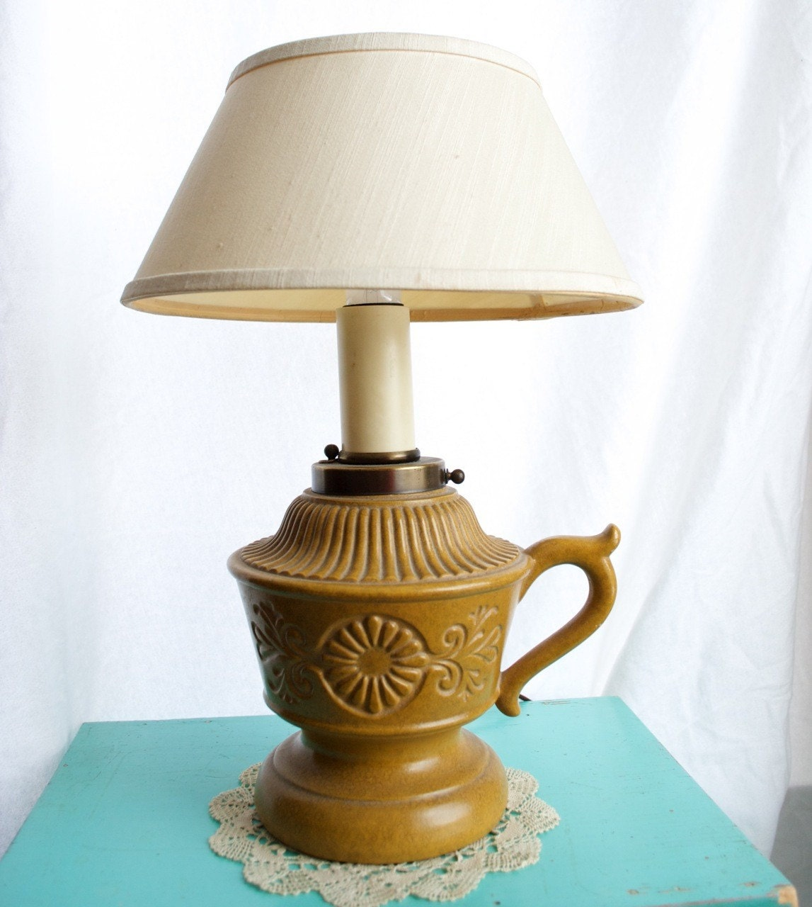 vintage mustard yellow lamp by thevintagetreehouse on etsy. Black Bedroom Furniture Sets. Home Design Ideas