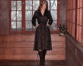 Vintage 70s Dress in Dark Fall Colors . Paisley Print Boho Folk Style Handmade Unique Small
