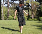 Vintage 1920s Flapper Dress in Black Silk and Pintuck Crepe with Belt Small to Medium