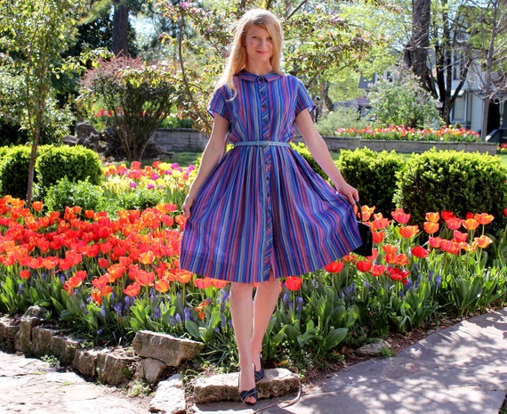 Vintage 1950s Day Dress Peter Pan Collar & Pleated Skirt in Colorful Stripes Medium to Large