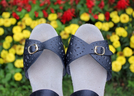Vintage 70s Leather Sandals with Wedge Heels in Navy Blue w Buckles . Womens Size 7.5