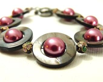 Floral Gray Loop and Blush Pink Pearl Bracelet