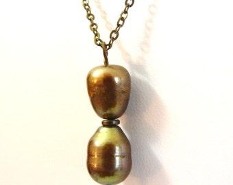 Golden Hourglass- Freshwater Pearl Necklace - brass
