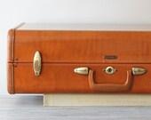 classic hardside samsonite suitcase