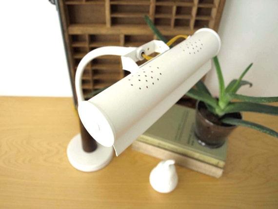 gooseneck white task lamp