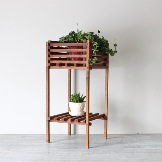 wooden slat planter